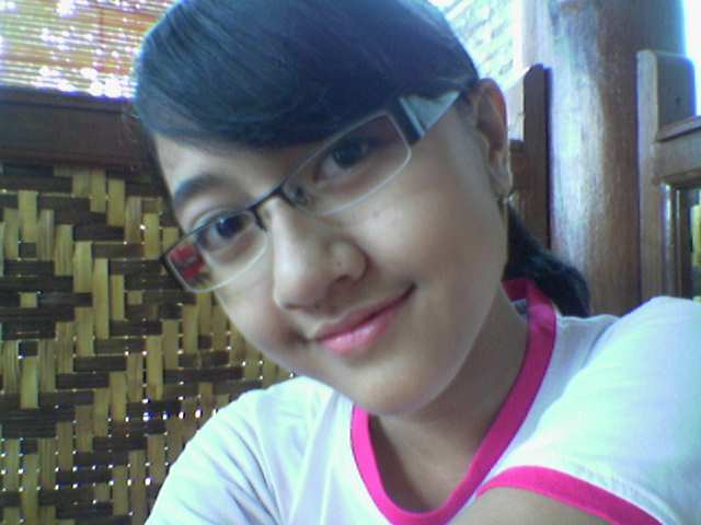 Photo-Foto_Cewek smu-anak-Gadis gak telanjang_bugil, zaza,lah.